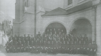 Bild von 1910 – 1. und 2. Kompanie der Freiwilligen Feuerwehr Hötting