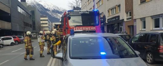 Alarmierung zu Brand in Mehrfamilienhaus